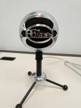 Blue Omnidirectional Microphone
