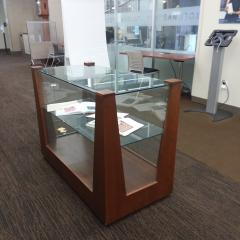 Library short display case